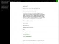Smile Dental Studio | Tandartspraktijk in Maastricht | Een mooi en natuurlijk gebit wil iedereen en Smile Dental Studio is de specialist daarin. Wij begrijpen en delen uw bezorgdheid bij het bezoek aan de tandarts. Vandaar dat wij u willen laten weten dat we al het mogelijke doen om uw bezoek aan ons zo comfortabel en aangenaam mogelijk te maken.