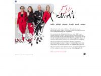 Welkom op de website van Moment. Wij presenteren ons als uw gelegenheidszanger en -zangeressen.