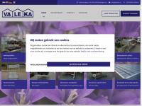VALEKA B.V. is gespecialiseerd in nieuwe en gebruikte aluminium kweektafels en aluminium verkooptafels.