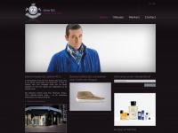 Uomomc.be - Herenmode - kleding kopen - riemen, Italiaanse schoenen, jassen, jeans kopen - Uomo M.C.