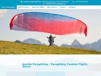 Joyride-paragliding.ch - Joyride Paragliding Davos - Gleitschirm Tandemfliegen | Gleitschirm Tandemfliegen Davos Klosters | Paragliding Tandem Flights | Joyride Paragliding
